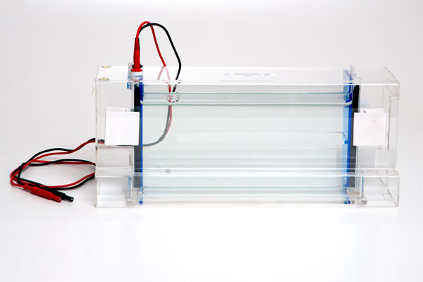 Cuba de eletroforese vertical – MGV 16-33 Frontal
